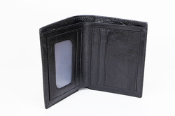Men's Leather Wallet (Model 1612)